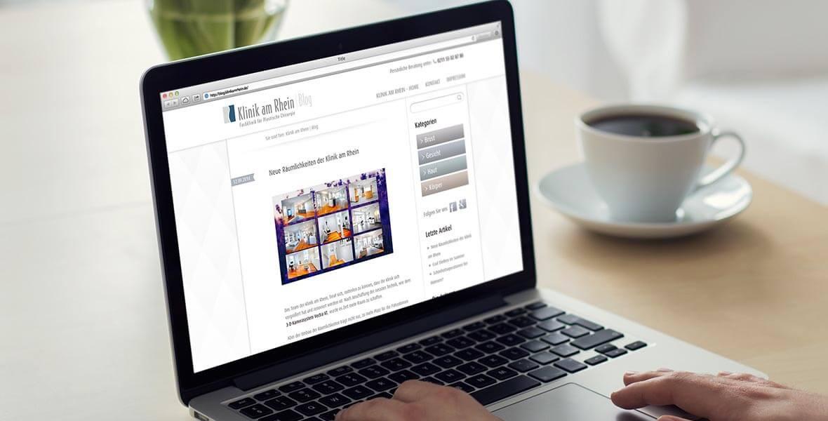 Der Blog der Klinik am Rhein auf dem Desktop mit aktuellen Beiträgen