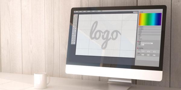 Desktop mit Logo