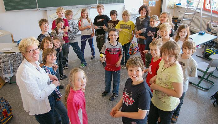Hilfe in Grundschule von baseplus unterstuetzt